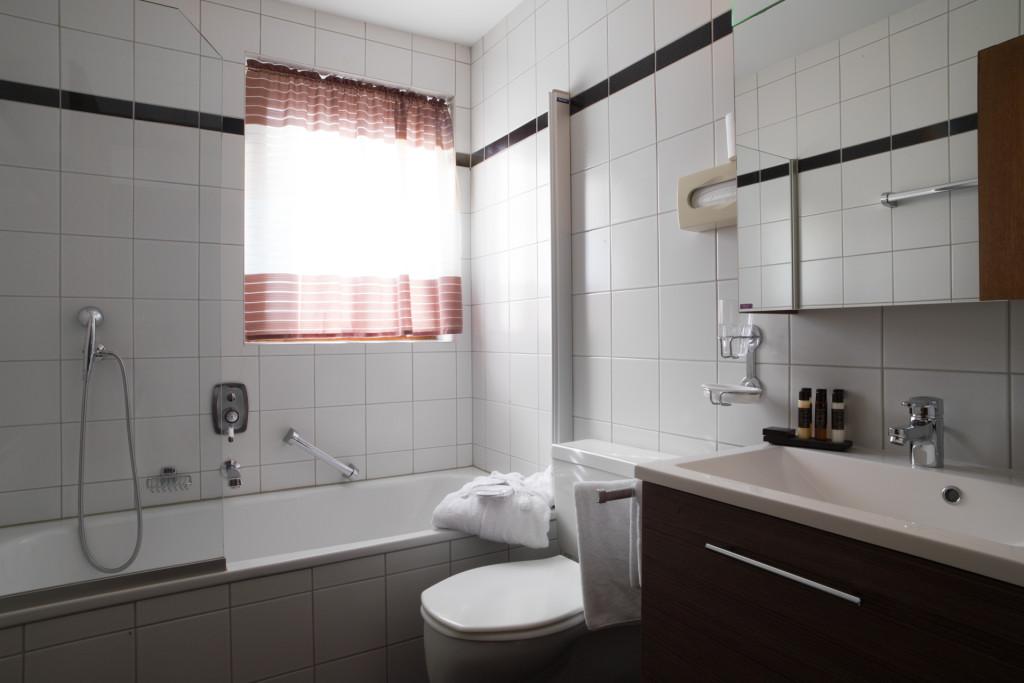 badezimmer-ez-yscla-1024x683