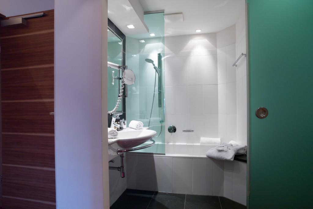 badezimmer-suite-yscla-1024x683